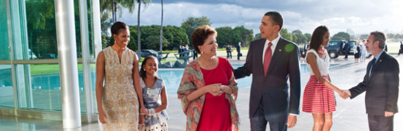 President Barack Obama walks with Brazilian President Dilma Rousseff following the arrival of First Lady Michelle Obama, and daughters Sasha and Malia, at the Palacio do Alvorada in Brasilia, Brazil, March 19, 2011. Foreign Minister Antonio Patriota, right, shakes hands with Malia. (Official White House Photo by Pete Souza)