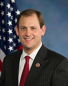 220px-Andy_Barr,_official_portrait,_113th_Congress
