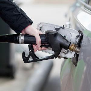 Hiking the Gas Tax Won't Fix Trust Fund Waste