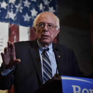 Bernie and Friends to Reintroduce National $15 Minimum Wage