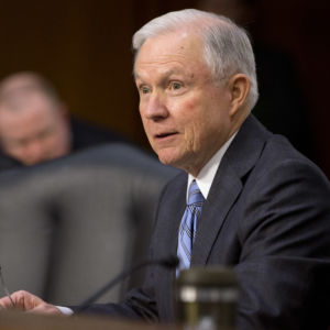 Senator Slams Obama, DHS Move to Retain Foreign Workers