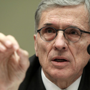 FCC Moves to Add Internet Access to Subsidized 'ObamaPhone' Program