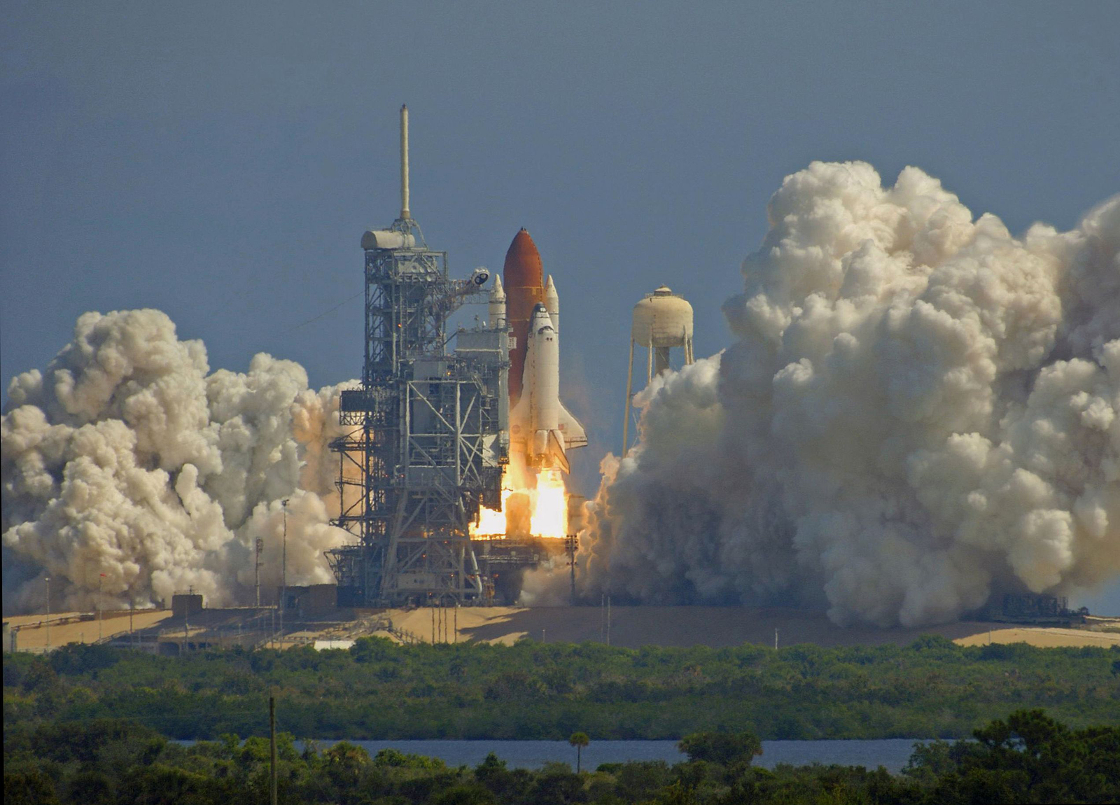 Private Business Should Lead the Way in Space Exploration ...