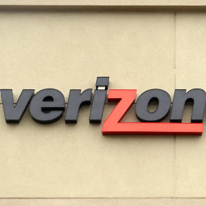 FCC Fines Verizon More Than $1 Million for Violating Consumers' Privacy