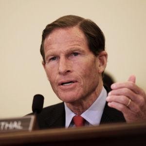 Dem Senator: Obama Administration 'Must Do Better' Deporting Felons