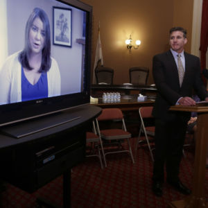 Brittany Maynard's Husband Pushes D.C. 'Death With Dignity' Bill