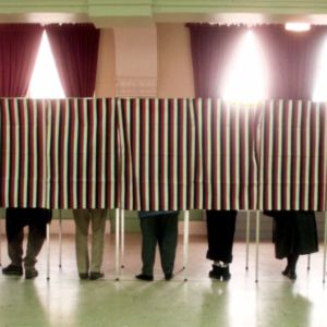 Think Tank Gives Swing States an 'F' For Elections Security