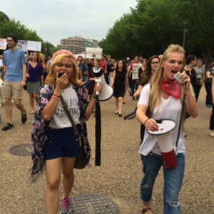White House Demonstrators Denounce White Supremacist Violence [PICTURES]