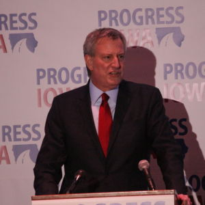 De Blasio Can't Be a Progressive Presidential Candidate While Pushing a Regressive Jails Plan Back at Home