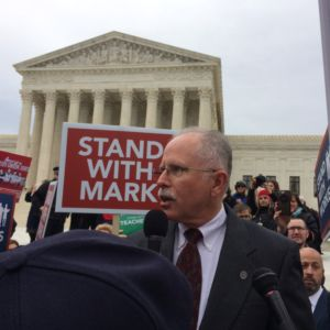 Supreme Court Surrounded During Case Against Mandatory Union Dues [PICTURES]