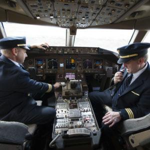 Pilots Union Hits Back Against Decertification Campaign