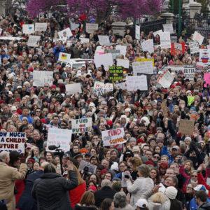 Despite Pay Raise, Oklahoma Teachers Strike for Second Day