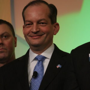 Acosta Urges Iowa To Decrease Dependence on Occupational Licensing