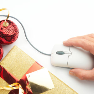Last-Minute Christmas Shopping? Watch Out For Fakes And Frauds