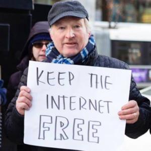 Democrats, Republicans Squabble Over Net Neutrality Rules